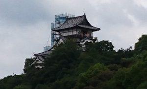 修復中の犬山城天守閣